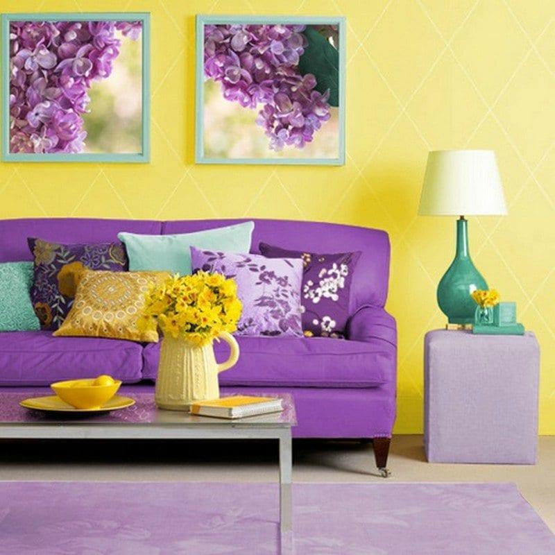 Sofa Lila Teppich Bilder Mit Blauen Bildrahmen Blaukissen Farbgestaltung Esszimmer