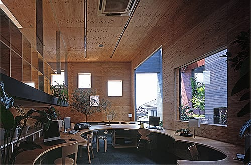 büroräume mit büroausstattung aus holz