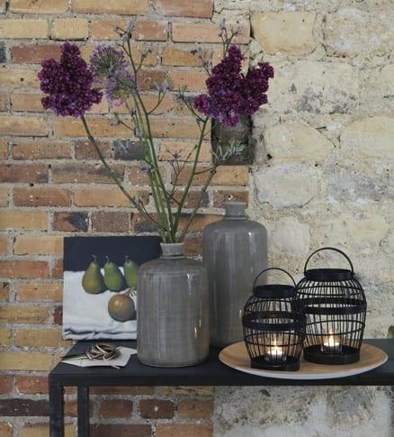 fly ch dekoration mit kerzenständern und vasen