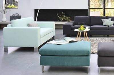 moderne seats and sofas in blau