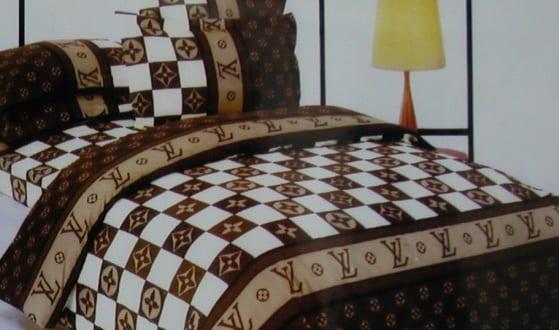 louis vuitton betw sche wei und braun freshouse. Black Bedroom Furniture Sets. Home Design Ideas