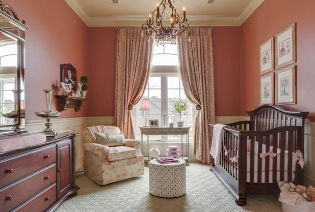 spiegel im schlafzimmer-sideboard schlafzimmer holz-gardinen dekorationsvorschläge