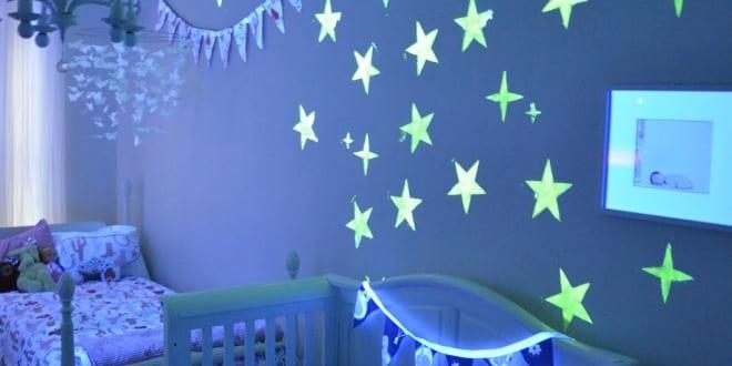 babyzimmer gestalten mit phosphor sternen freshouse. Black Bedroom Furniture Sets. Home Design Ideas