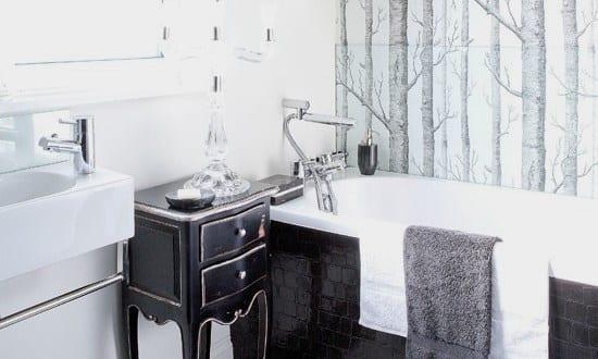 badezimmer schwarz wei schwarze badezimmer fliesen freshouse. Black Bedroom Furniture Sets. Home Design Ideas