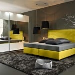modernes box spring bett gelb mit bettwäsche brau-luxus schlafzimmer grau