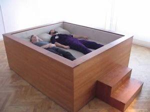 box spring bett im box freshouse. Black Bedroom Furniture Sets. Home Design Ideas