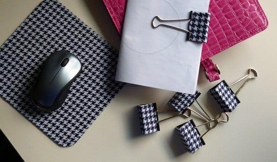 deko selber machen mit farbfolie-mauspad neu gestalten