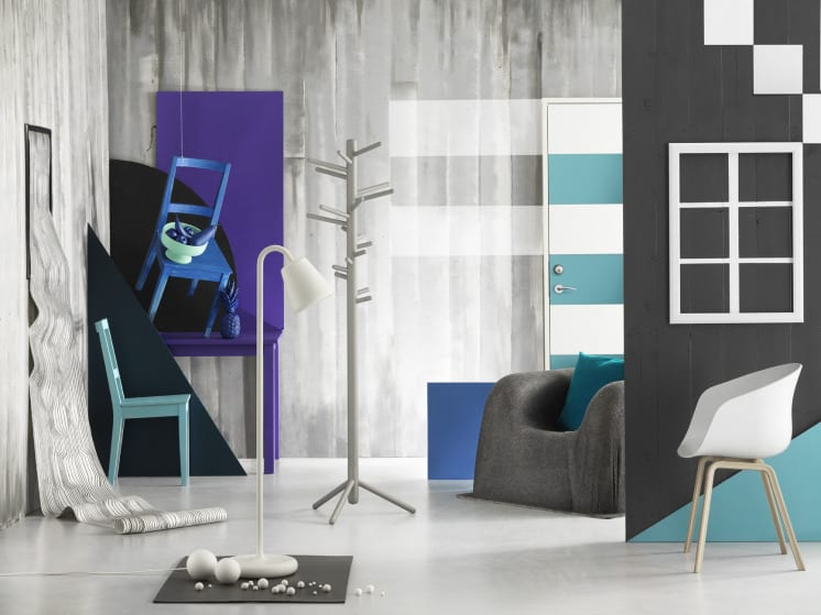wohnzimmer grau mit sctühlen blau und sessel grau-wandmuster ideen