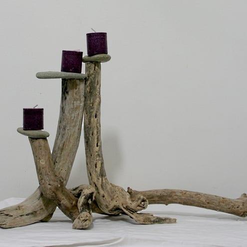 DIY Kerzenhalter aus Holz und steinen