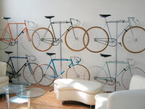 wohnzimmer design mit Fahrradständer