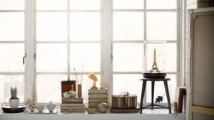 Fensterbank dekorieren mit b chern freshouse - Fensterba nke dekorieren ...