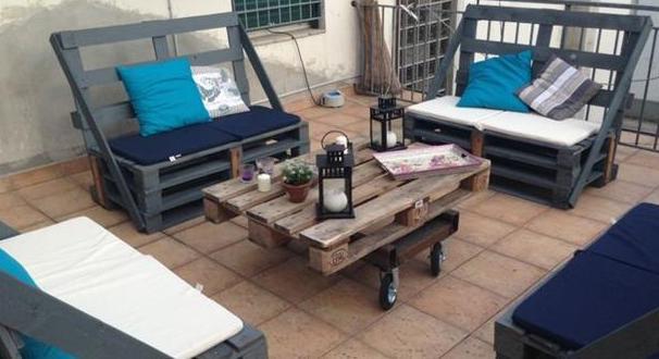Gartenm bel aus paletten grau freshouse - Paletten gartenmobel ...