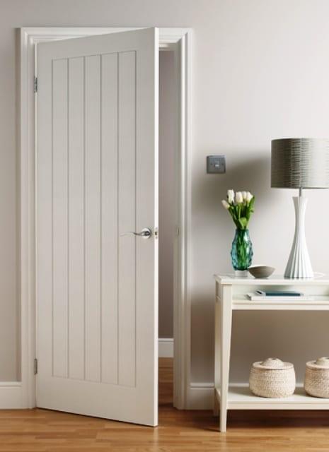 wohnzimmer streichen ideen in weiß - sideboard weiß dekorieren