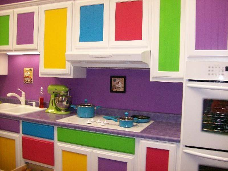 Pretty Bright Small Kitchen Color For Apartment K Che Wandfarbe 40 Ideen F R Farbgestaltung Der K Che FresHouse