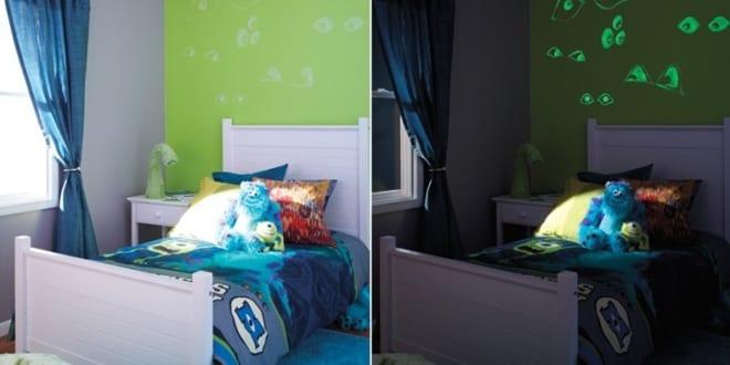 kinderzimmer streichen gr ne wand mit phosphoreszierender. Black Bedroom Furniture Sets. Home Design Ideas