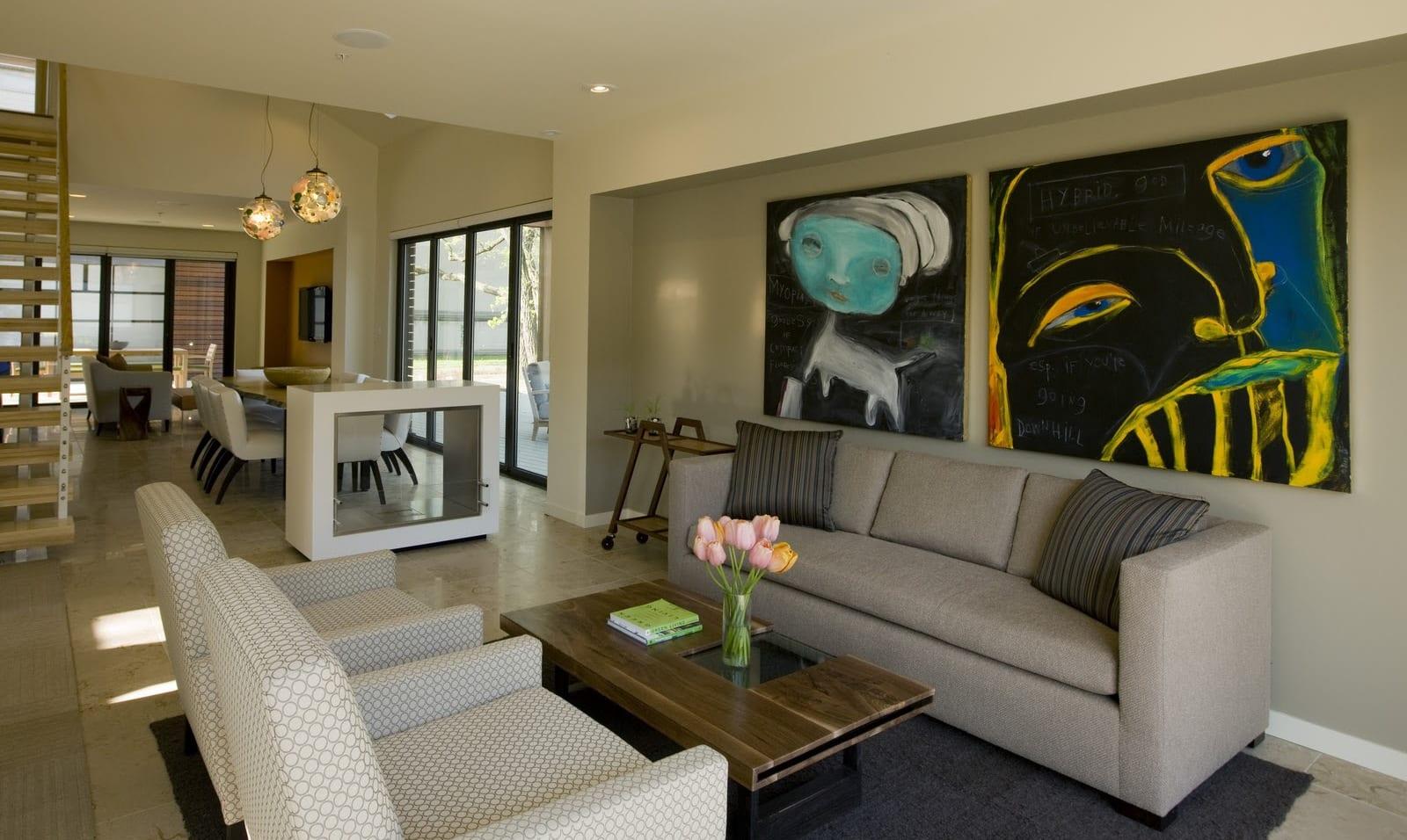 modernes wohnzimmer mit wandfarbe grau und Sideboard weiß-wohnzimmer design