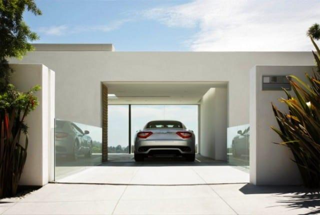 carport im haus- moderne garage beispiele