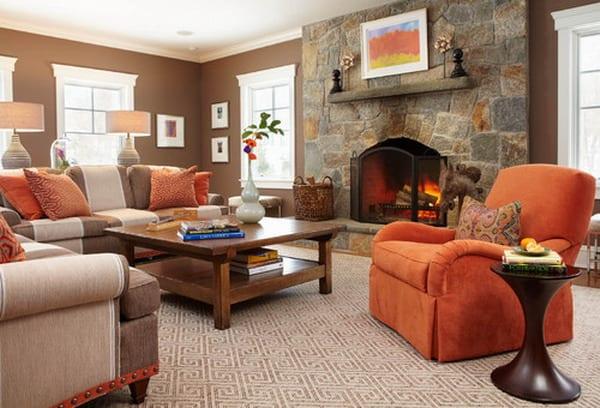 wohnzimmer Wandfarben-sofas braun und beige-sessel orange