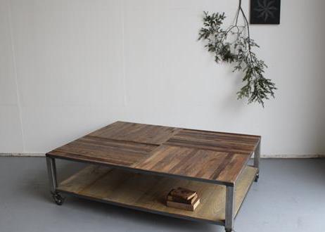 Rolltisch aus europaletten freshouse for Rolltisch wohnzimmer