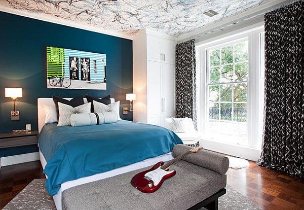 Wände Streichen Idee In Weiß Und Dunkelblau Blaue Bettdecke Gardinen  Dunkelblau. Modernes Schlafzimmer Gestalten