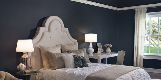 schlafzimmer blau wandfarbe dunkelblau freshouse. Black Bedroom Furniture Sets. Home Design Ideas