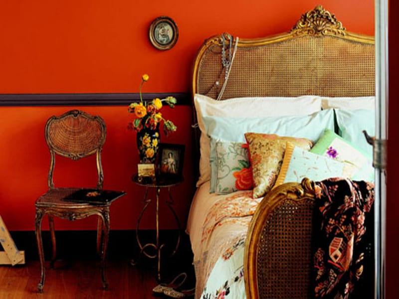 vintage einrichtung schlafzimmer - schlafzimmer mit wandfarbe rot dekorieren