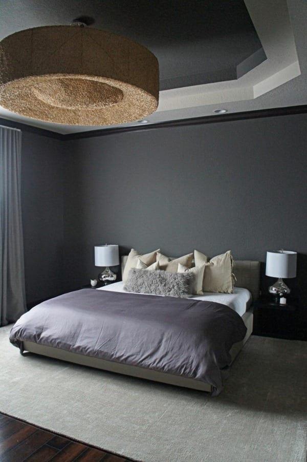 fantastisches schlafzimmer interior mit wandfarbe grau und moderne  runde Hängelampe