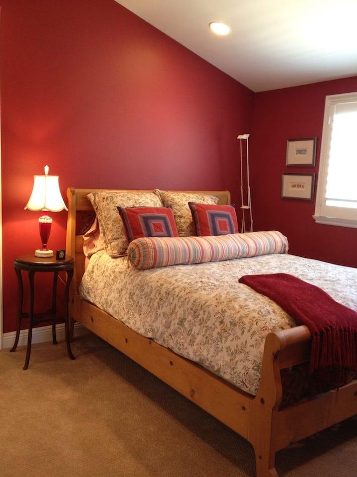 rotes schlafzimmer gestalten