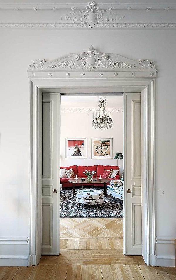 coole innentür weiß - interessante schiebetür aus holz mit ornamenten