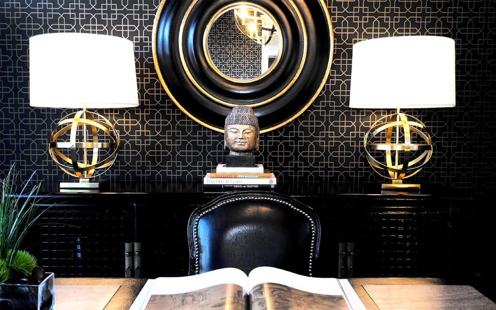 wandgestaltung schwarz-rundspiegel schwarz-moderne Tischlampen -sideboard modern dekorieren