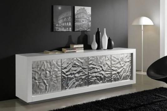 modernes wohnzimmer-farbgestaltung-scharze wand-hochteppich schwarz
