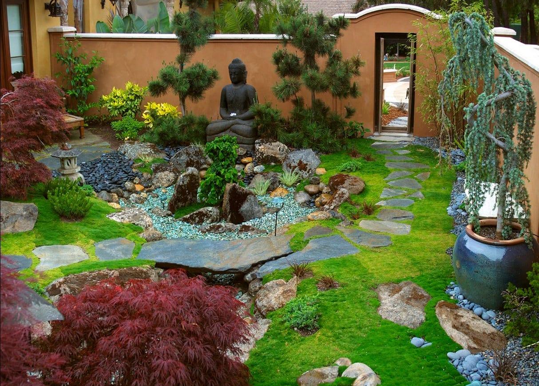 traumgarten im hof japanischer garten idee mit budah - Gartenideen