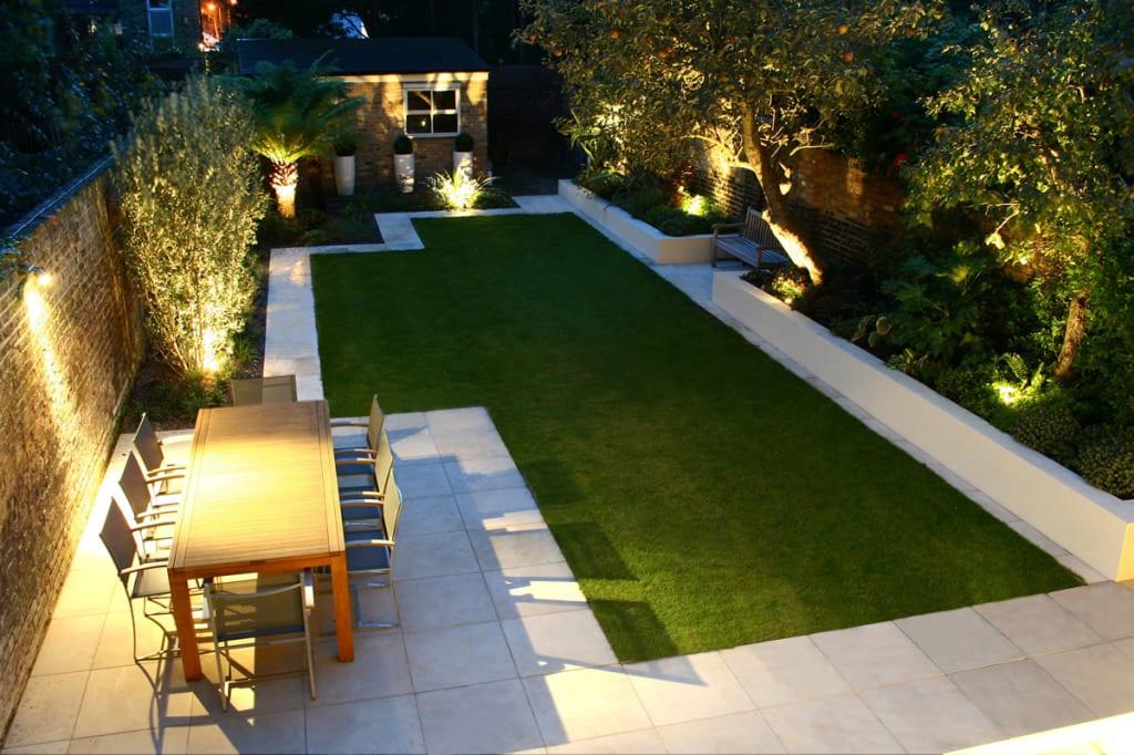 hofgarten gestaltung mit terrasse und grasfläche
