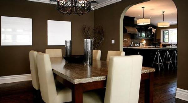 Wandfarbe braun esszimmer einrichten freshouse for Wandfarbe braun