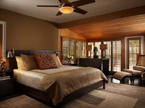 schlafzimmer dachschräge mit holzverkleidung