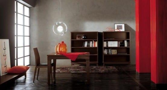 farbgestaltung wohnzimmer in grau und rot-esstisch und bücherregalen aud dunklem holz