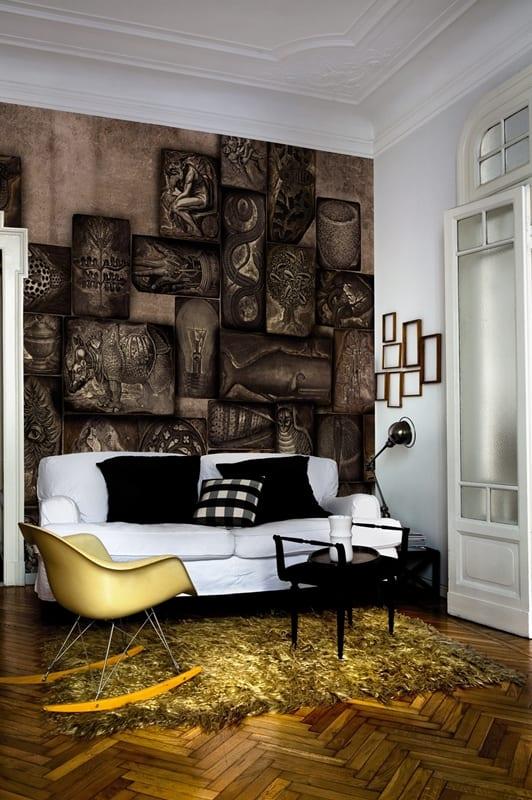 bilderrahmen dekorieren-wohnzimmer mit parkettboden und sofa weiß-schaukelstuhl gelb