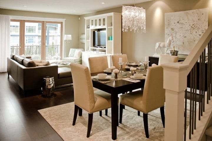 Wohn esszimmer beige wandfarbe freshouse for Living dining room separation ideas