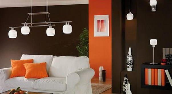 wohnzimmer braun mit wandfarbe orange freshouse. Black Bedroom Furniture Sets. Home Design Ideas