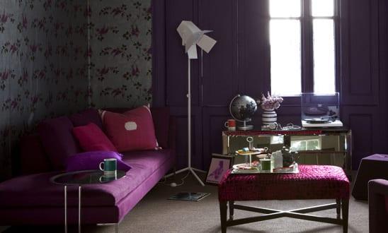 wohnzimmer lila farbgestaltung wohnzimmer freshouse. Black Bedroom Furniture Sets. Home Design Ideas