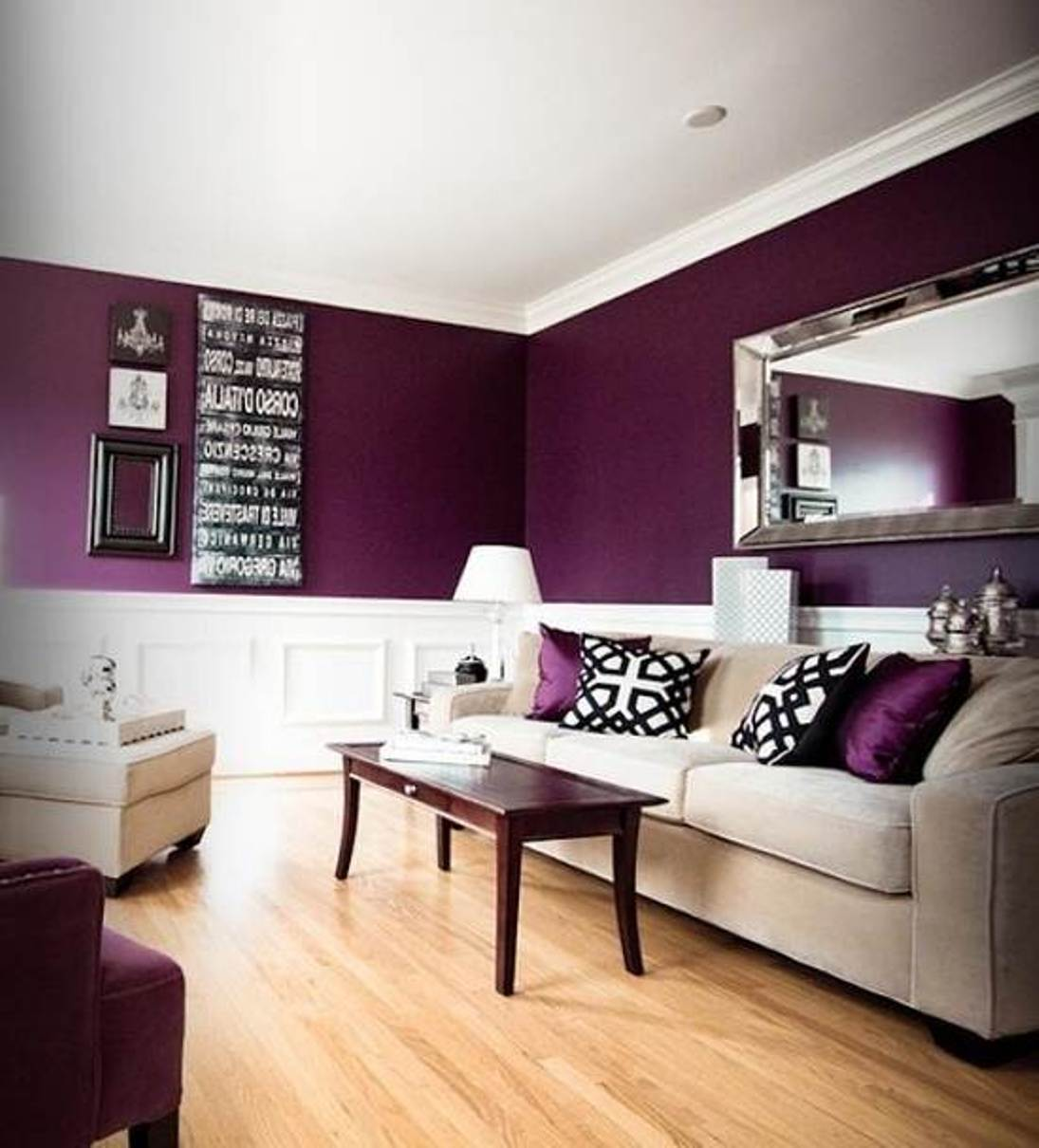 wohnzimmer grau weiß lila:Purple Living Room Color Ideas