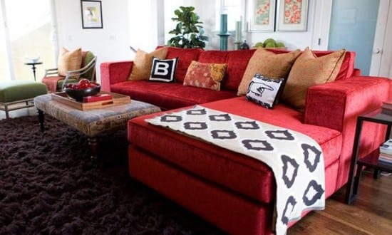 Wohnzimmer Mit Läförmigem Sofa In Rot - Freshouse Wohnzimmer Sofa Rot
