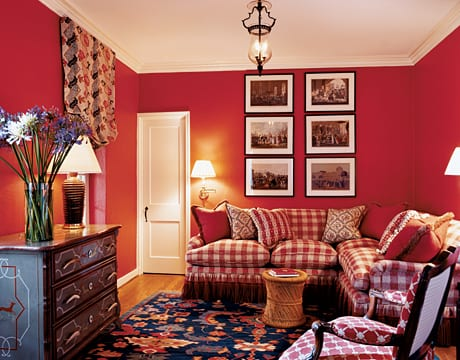 Einrichten Wohnzimmer In Rot. Wohnzimer Streichen  Idee Wandgestaltung Qarierte Sofas