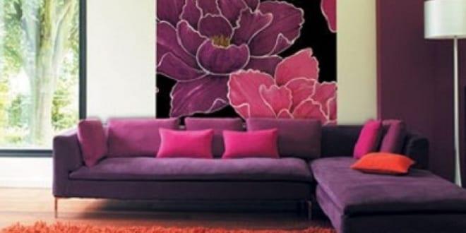 wohnzimmergestaltung wohnzimmer lila mit hochteppich. Black Bedroom Furniture Sets. Home Design Ideas