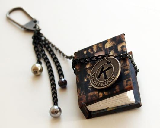 kleines schlüsselband buch für gedischte- geschenkideen