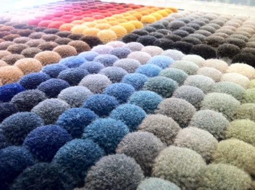 traumteppich aus textilkugeln