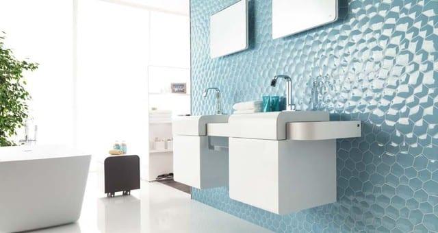 luxus badezimmer interior mit 3d wandfliesen blau