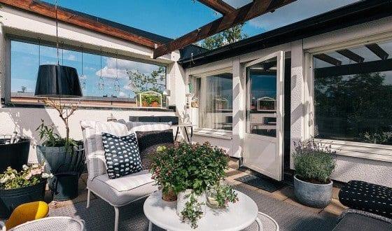 Beschattung terrasse und terrassen dekorieren mit wei en for Terrassen deko