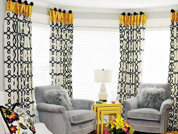 samt-polstersessel grau und holztischset gelb-gardinen dekorationsvorschläge