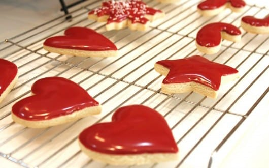 icing-cookies-the-easy-way-530x353 - fresHouse